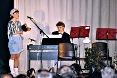 6-Teater-og-Revy-Laila-HIF-Revy-1991