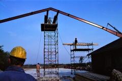 3. Horne Hallens stålbuer rejses (4)