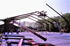 3. Horne Hallens stålbuer rejses (6)