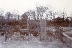 Laurids Kjærgårds gravplads på Kirkegården i Horne 1924